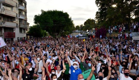 Binler İnönü Meydanı'nda barış isteğini dünyaya haykırdı