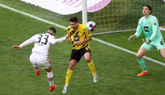Dortmund ağır yaralı