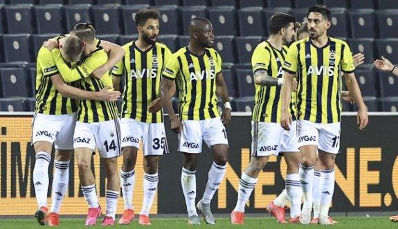 Fenerbahçe takibe devam