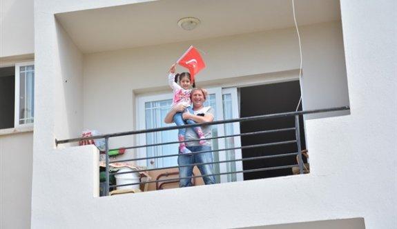 Girne Belediyesi, halkı 23 Nisan'ı balkonlarda kutlamaya çağırdı