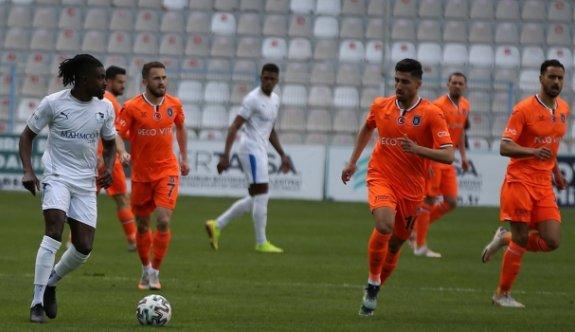 Kritik maçta kazanan Başakşehir