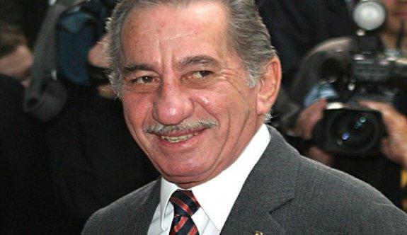 Papadopulos'un 2004'teki konuşmasının perde arkası aralandı