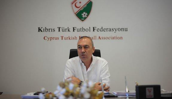 Sertoğlu, Futbol Federasyonu'na adaylığını resmen açıkladı