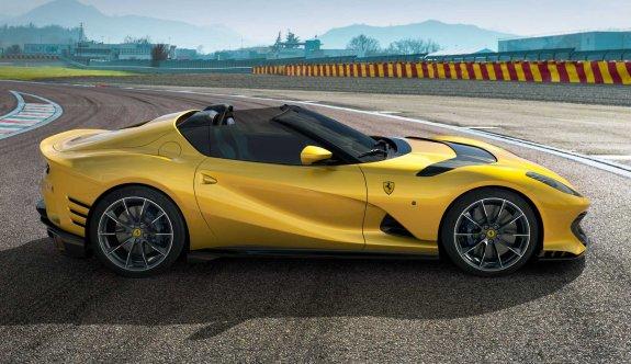 Ferrari'nin özel versiyonu 812 Competizione