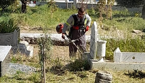 Girne Belediyesi temizlik çalışmalarına devam ediyor