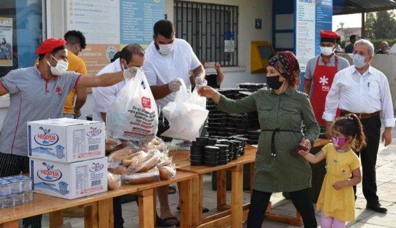 Haspolat'ta iftar yemeği dağıtıldı