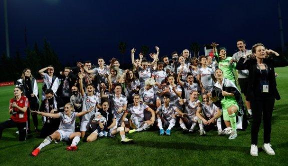 Kadın futbolunda şampiyon Beşiktaş