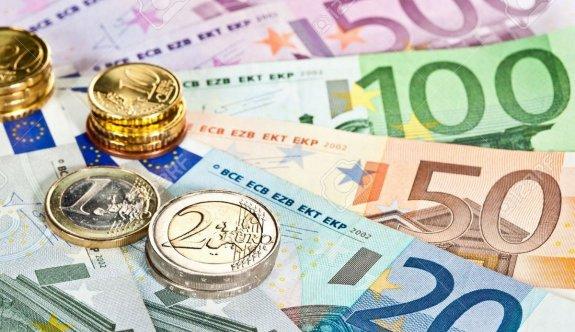 Rumlar Euro'dan hoşnut değil