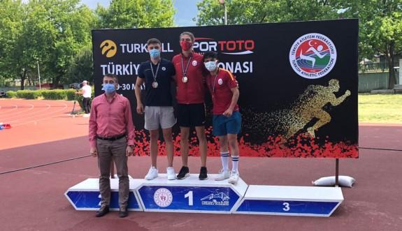 Taygun Bursa'da kürsüye çıktı