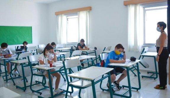 145 öğrenci burs kazandı