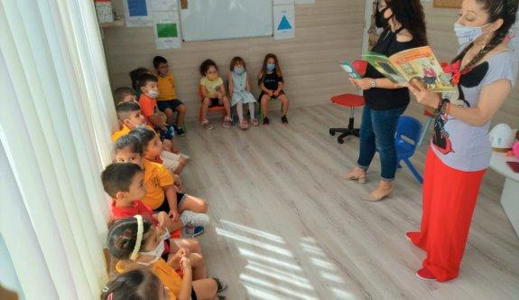 Akdoğan Halk Kütüphanesi personeli çocuklara kitap sevgisi aşıladı