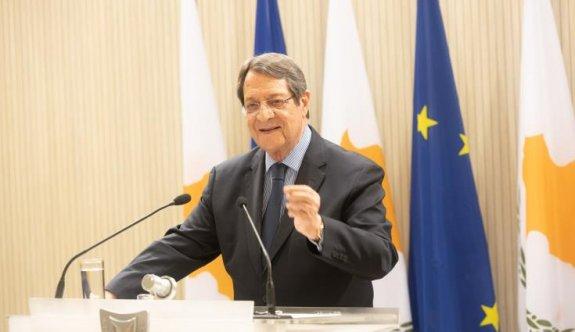Anastasiadis'ten geniş tabanlı koalisyon hükümeti arayışı