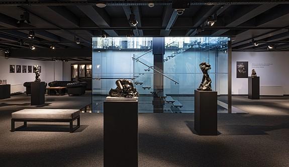 Auguste Rodin'in eserleri The Arkın Rodin Collection Gallery'de