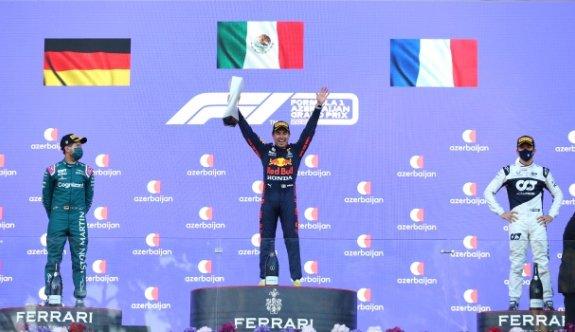 Azerbaycan'da zafer Sergio Perez'in