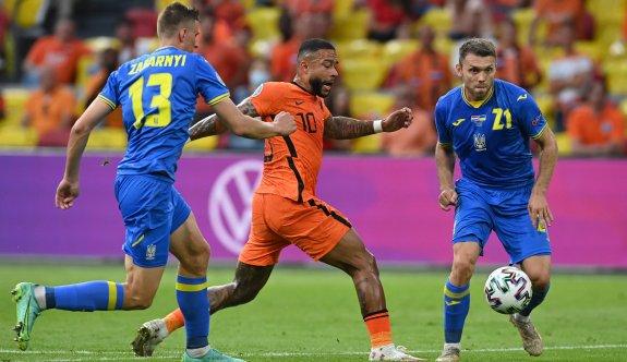 Gol düellosunun kazananı Hollanda