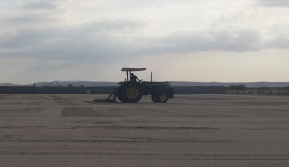 İncirli'de çim ekiliyor
