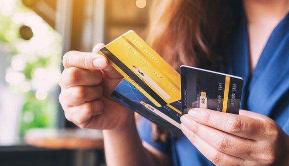 Kredilerle  yaşıyoruz