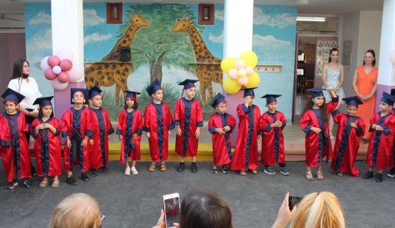 SOS Kreş ve Anaokulu mezunlarını verdi