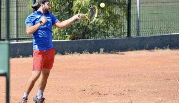 Teniste kazananlar GAÜ ve DAÜ