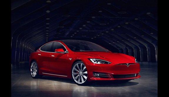 Tesla Model S Plaid'in 0-400 metre süresi tescillendi