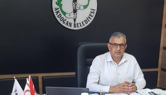 Ahmet Latif'ten  Akdoğan için test merkezi çağrısı