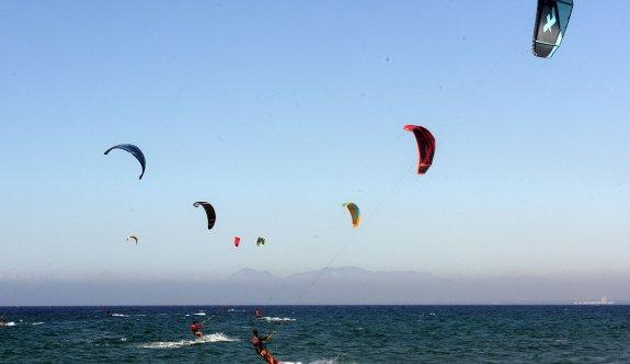 Arda anısına Kite surf etkinliği düzenlendi