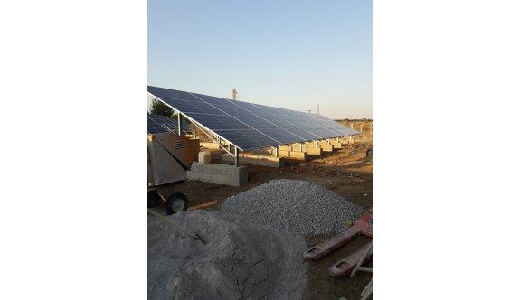 Baf'ın güneş panelleri montajı sürüyor