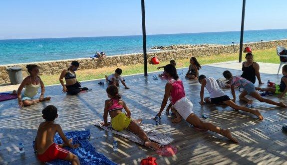 Girne Belediyesi'nin düzenlediği yaz tatili çocuk atölyeleri sürüyor