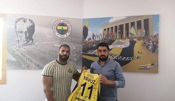İbo, Fenerbahçeliler Derneği'ni ziyaret etti