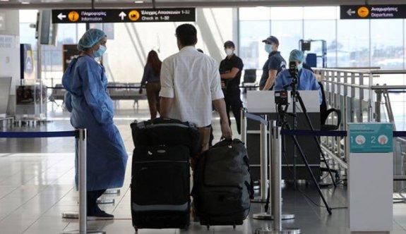 İsrail, Güney Kıbrıs'a uçuşu yasakladı