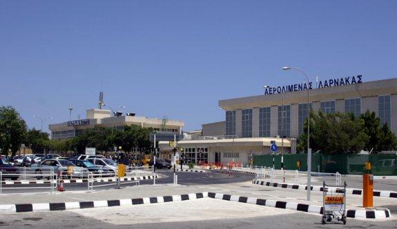 Larnaka Havalimanı'nda 27,5 kilo marihuana tespit edildi