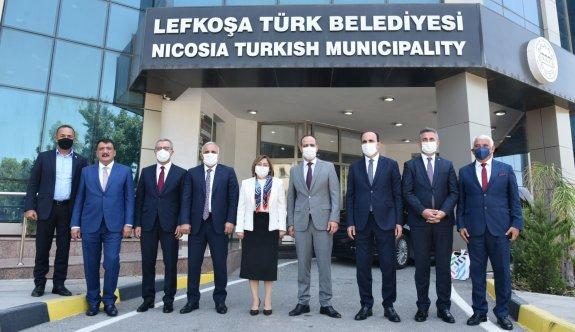 LTB Başkanı Harmancı, Türkiye'nin 5 büyük belediye başkanıyla görüştü