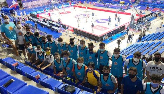 MGA gençleri Mulitinov ile çalıştı, Sırbistan-Porto Riko maçını izledi