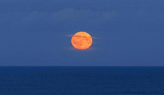 NASA bu kez 'Ay' uyarısı yaptı!