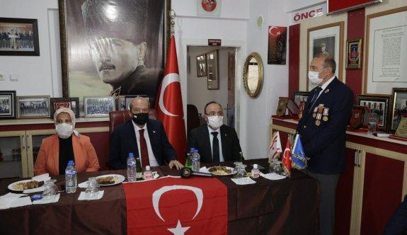 """Tatar """"Allah nasip etti, federasyon defterini kapatmış bulunmaktayız"""""""