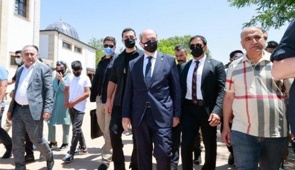 """Tatar """"Güçlü bir Türkiye Cumhuriyeti'nin güçlü bir KKTC demektir"""""""