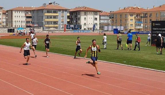 Taygun rekorlarla Türkiye şampiyonu