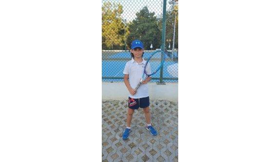 Tenisin yeni yıldızı Damir