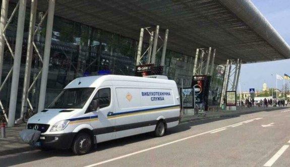 Ukrayna'da bomba paniği
