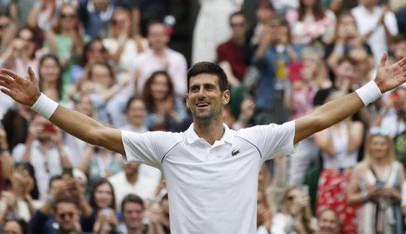 Wimbeldon'da erkeklerin şampiyonu Djokovic