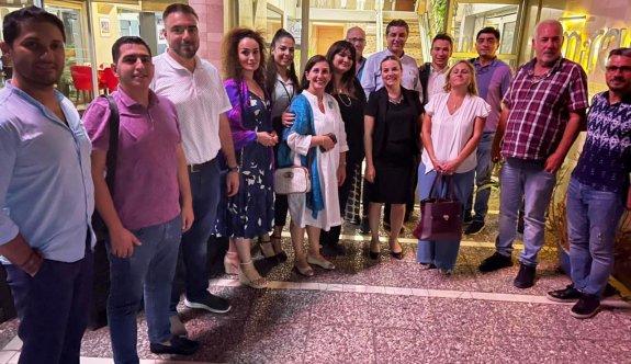 Azerbaycanlı turizmciler KKTC'de