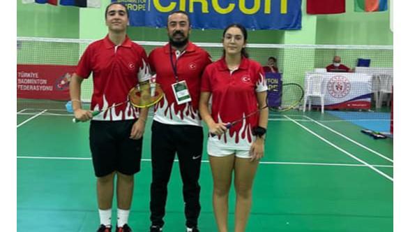 Badmintoncularımız bir ilki başardı