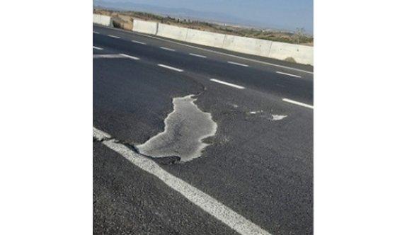 Daha bir ay olmadan yol yırtıldı