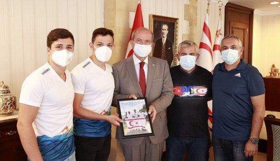 """""""Kıbrıslı Türk sporcuların uluslararası organizasyonlarda yer almasının insanlığa da verilmiş güzel bir ders"""""""