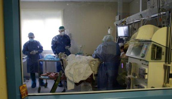 Koronavirüs tedavisi gören 14 yaşındaki çocuğun durumu ciddi