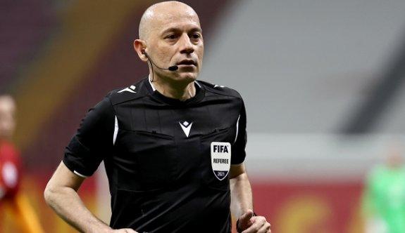 Süper Lig'in en tecrübeli hakemi Cüneyt Çakır