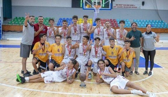 U15'in şampiyonu YDÜ