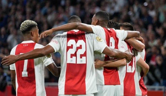 Ajax gol oldu yağdı
