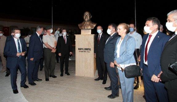 Akçay'da, Rauf Raif Denktaş Parkı hizmete açıldı