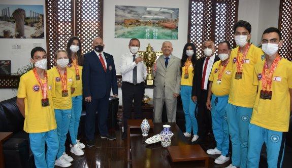 Ataoğlu: Ambargolara rağmen uluslararası yarışmalardayız
